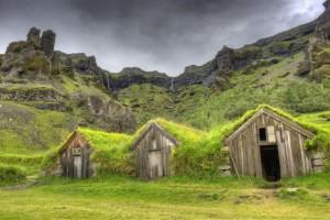 1716610-les-fermes-islandaises-300x200