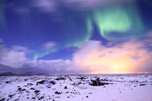 1716616-les-aurores-boreales-300x200