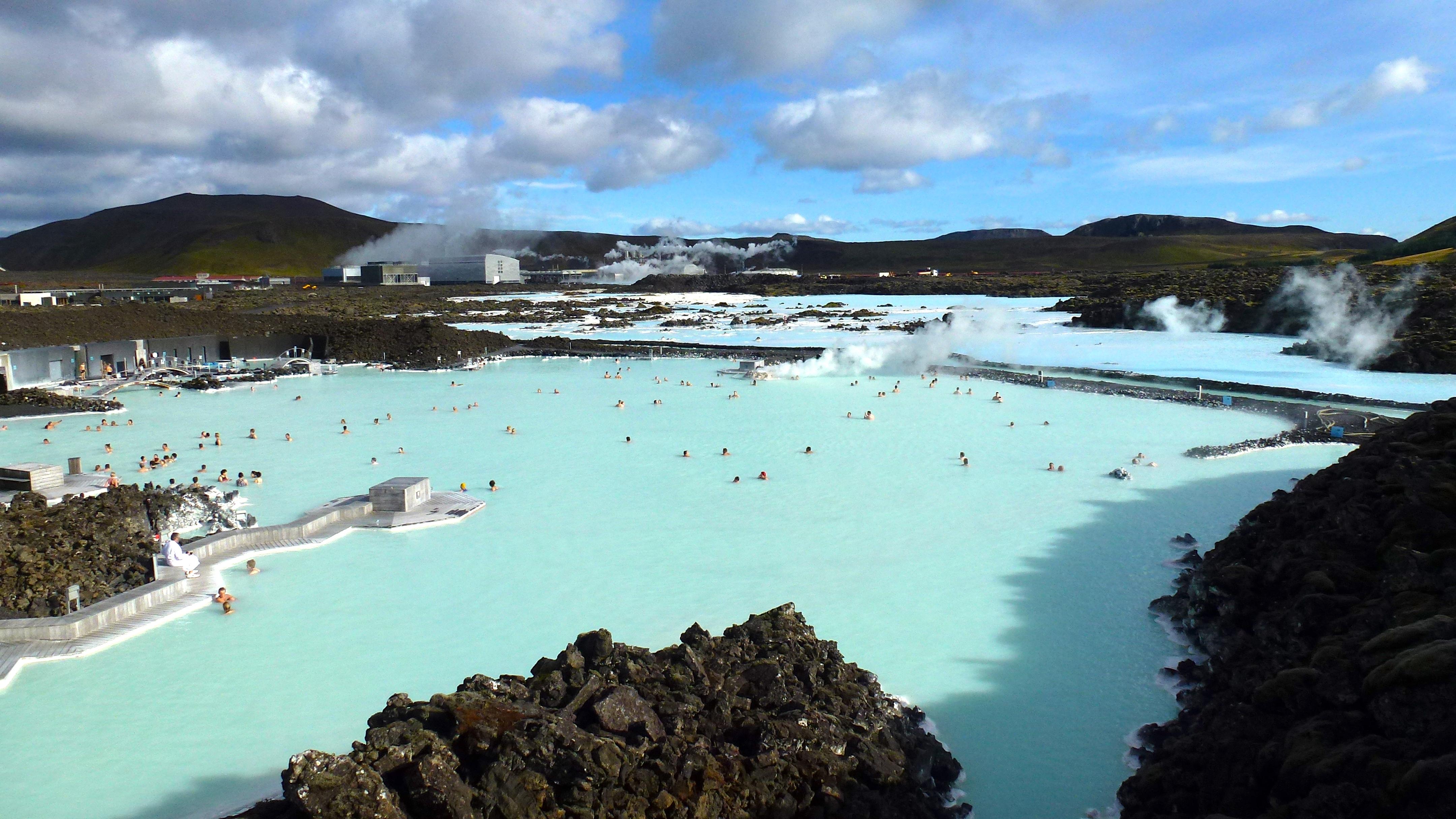Blue lagoon l 39 islande for Piscinas naturales islandia